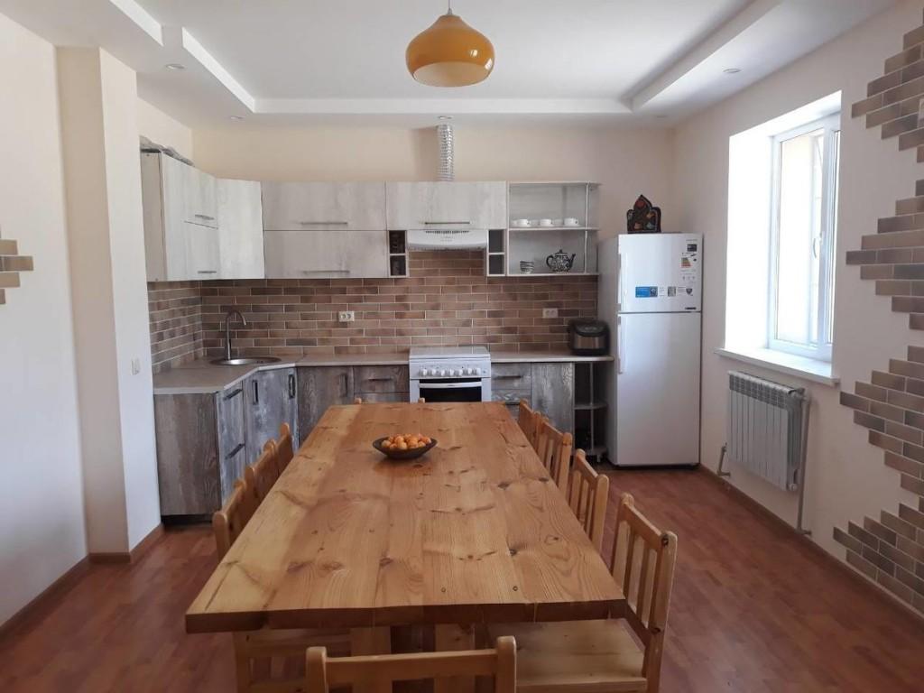 nisso guest house kitchen